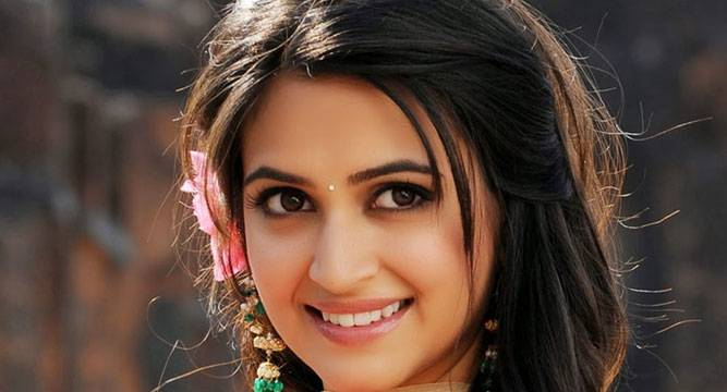 South Actress Kriti Kharbanda In Raaz 4 Newsnation