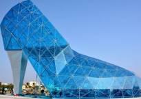 Taiwan builds a giant glass shoe Church to attract more women