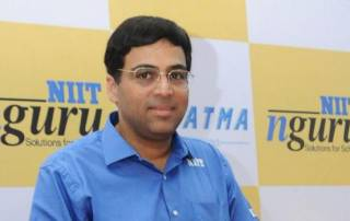 Viswanathan Anand keeps lead in Zurich challenge