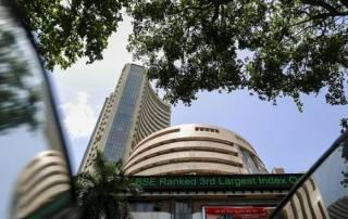 Sensex slumps 141 points on profit-booking