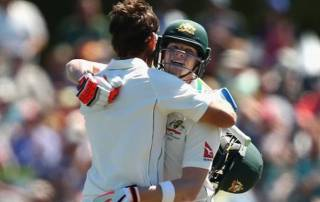 Burns, Smith fall after tons put Australia in charge