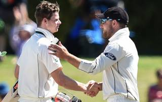 Australia skipper Smith charged with dissent