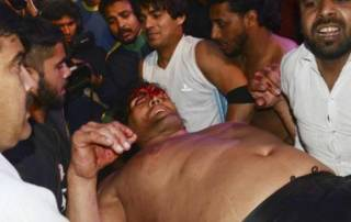 The Great Khali suffers severe injury in a fight