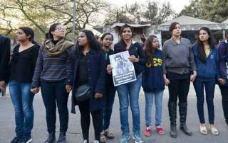 JNU row: Ashutosh questioned for 2nd time; students send love to those