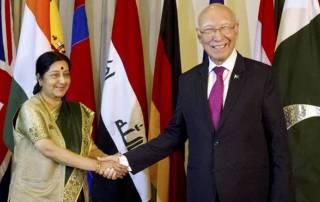 Swaraj-Aziz to meet in Nepal; Pakistan to extend SAARC invite to PM