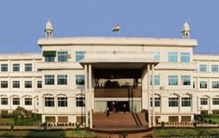 Beef ban in Rajasthan: 4 Kashmiri students beaten in Mewar University, return of intolerance?