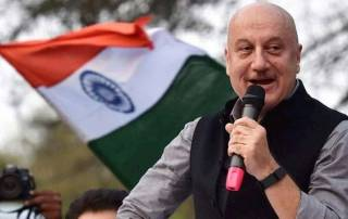 How can one speaking ill of country be celebrated like Olympic heroes: Kher