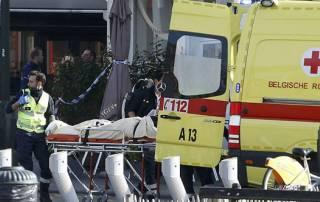 Fresh explosions in Brussels, policemen slightly hurt in anti-terror raid