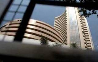 Sensex surges 95 pts on foreign fund inflows, Asian cues