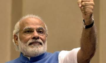 PM Modi meets Indian diamond traders from Antwerp