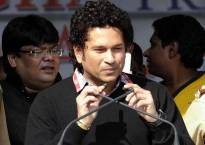 Tendulkar tells young cricket aspirants to sweat it out