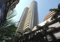 Sensex slumps to 3-week low on earnings worries
