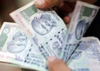 Rupee snaps 2-day losing streak vs USD, up 19 paise