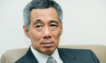Singapore PM feuds in public with sister