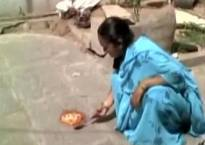 This video of a woman cooking eggs on floor goes viral