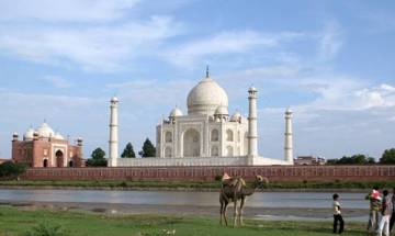 World Bank team visits Taj Mahal