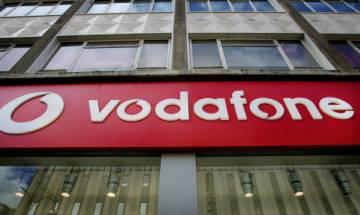 Vodafone India reports 5 per cent rise in total revenue at Rs 44,490 crore in FY16
