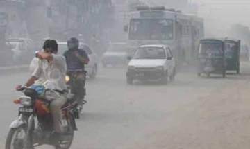 US research claims Indians live 6 years less due to air pollution; Government disagrees