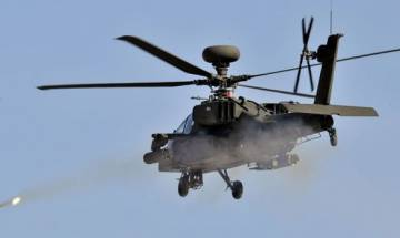 US Apache helicopters strike IS for first time in Iraq