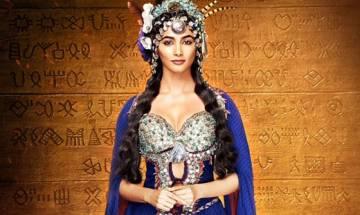 Pooja Hegde unveils her regal look in 'Mohenjo Daro'