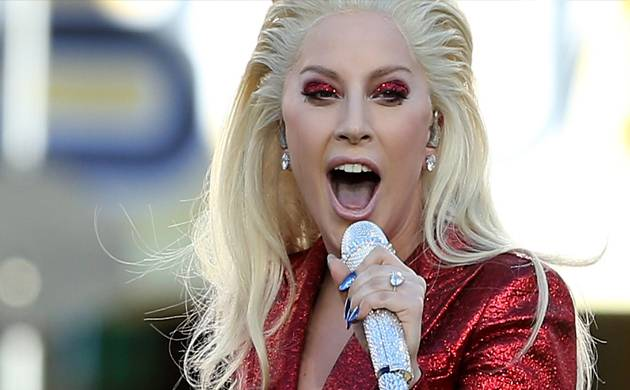 Lady Gaga in talks to star in 'A Star Is Born' reboot