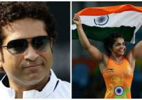 Sporting fraternity congratulates Sakshi, hails her historic feat