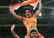 Rio Olympics 2016: Twitter erupts with praise over Sakshi Malik's historic win
