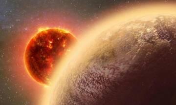 Venus like exoplanet may possess Oxygen but not inhabitable