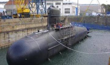 Scorpene Submarine data hacking: Defence Minister Parrikar holds high-level meeingt, probe team may go to France