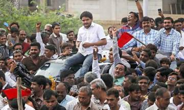 Hardik Patel demands release of Patel youths convicted in 2002 riots cases