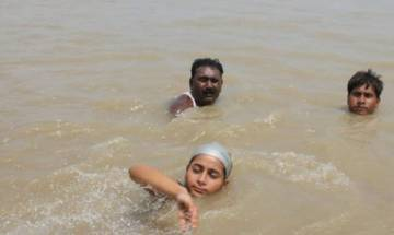11-year-old girl swims across Ganga, dreams to represent India in swimming in next Olympics