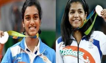 Delhi government felicitates Olympic medallist Sindhu, Sakshi