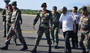 Uri Terror Attack: Take firm action against those responsible, Parrikar instructs Indian Army