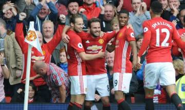 Manchester United thrash Premier League champions Leicester without Rooney