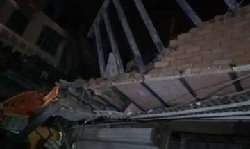 Watch video: Under-construction building collapses in Delhi's Chandni Chowk; 5 injured, many feared trapped