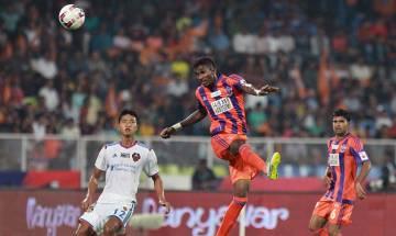 Last minute goal results FC Pune City beat FC Goa