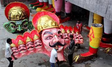 Dusshera: Muslim family keeps alive tradition of effigy making
