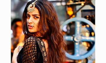 Niddhi Agerwal training hard to learn a new dance form for Munna Michael
