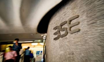 Stock markets bearish amid derivatives expiry and weak Asian cues