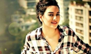 Watch: Sonakshi Sinha sizzles as she pays tribute to Sridevi in Force 2 song Kaate Nahi Kat Te