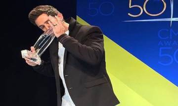 CMA Awards 2016: Thomas  Rhett picks up first 50th Anniversary award