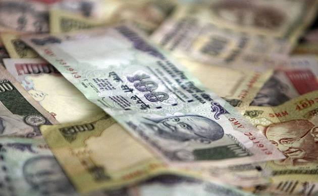 Markets tumble: Rupee dives 23 paise on black money crack down, US poll trend (File photo)