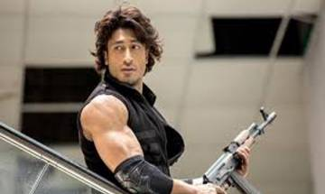 Vidyut Jammwal starrer 'Commando 2' to hit theaters on January 6, 2017