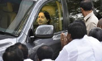 Jayalalithaa suffers cardiac arrest: Centre dispatches team of AIIMS doctors to Chennai