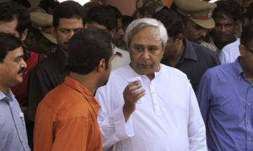 Odisha Chief Minister Naveen Patnaik's chopper air-borne for 45 minutes, engineer suspended