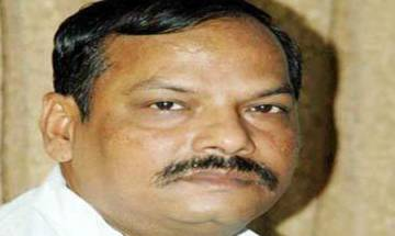 Jharkhand : 18,000 teachers, 2,200 forest guards to be recruited in 2017, says CM Raghubar Das