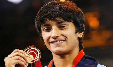 Uncle Mahavir was 10 times more stricter than 'bapu hanikarak' played by Aamir Khan, says Vinesh Phogat