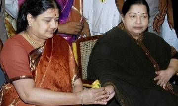 Top news at 1 pm on Dec 29: Sasikala is officially new 'Amma' as AIADMK elects her new general secy in crucial meet
