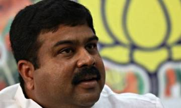 Banks, OMCs to bear card payment charges at petrol pumps, says Dharmendra Pradhan