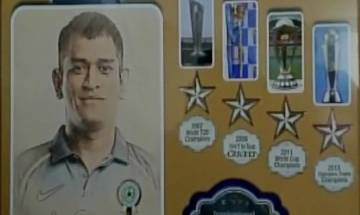 MS Dhoni felicitated in innovate manner, 'Captain Cool' presented  '4-Silver Stars' wooden plaque by Kohli's 'Blue Brigade'